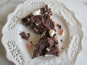 peppermint pretzel bark