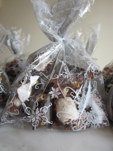 bark gift bag close up